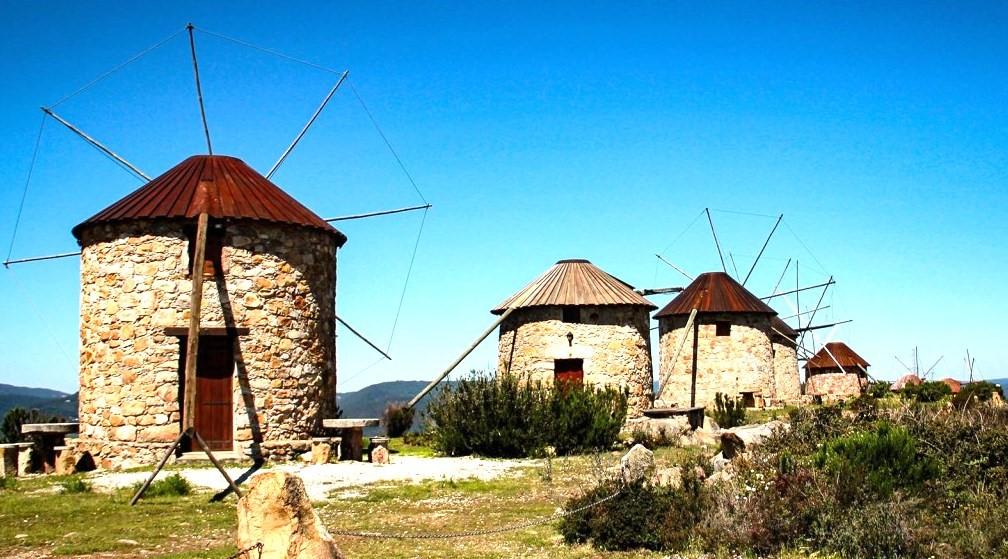 Castelo De Montemor-o-Velho E Moinhos De Penacova Pioneiros Na Descentralização Da Cultura Na Região