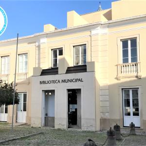 "Certificado De Garantia Selo ""Clean & Safe"" Atribuído à Biblioteca Municipal De Soure"