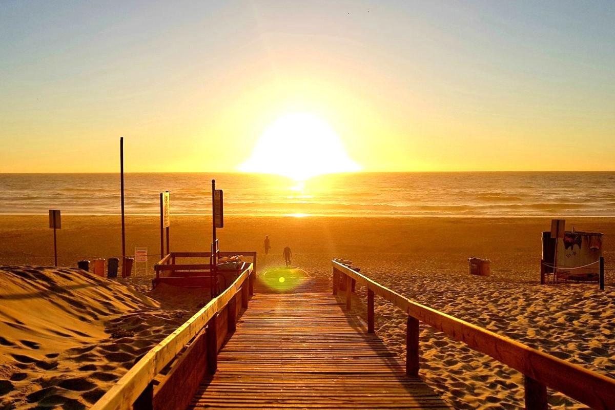Thumbnail Praia Do Osso Da Baleia
