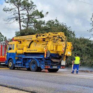 Camião Espalhou Carga De Resina Liquida No IC2 Em Condeixa Condicionando Trânsito Durante Várias Horas